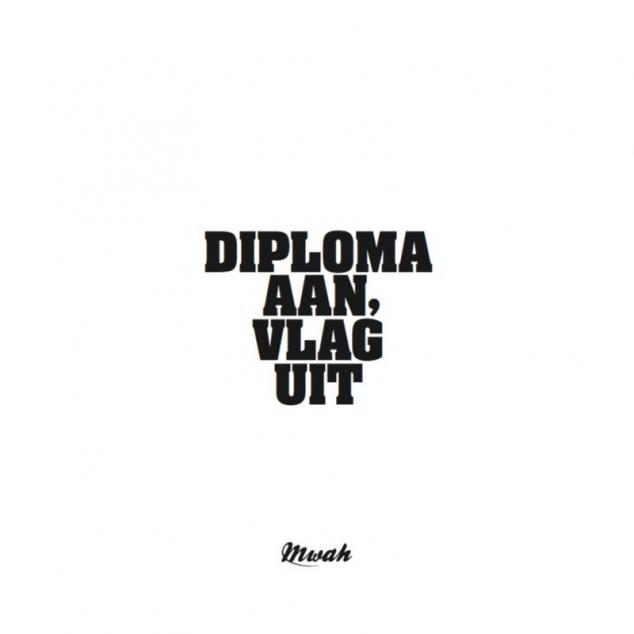 Wenskaart Diploma Aan, Vlag Uit.